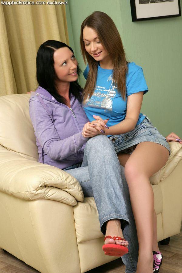 image Juego de lesbianas 6