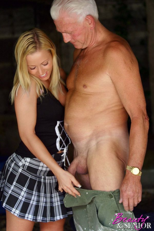 student-nude-older-guy-masterbating-young-girl-moore-sex-videos